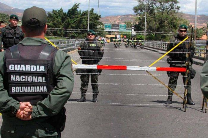 Cinco Temas: En la encrucijada, por Fernando Luis Egaña