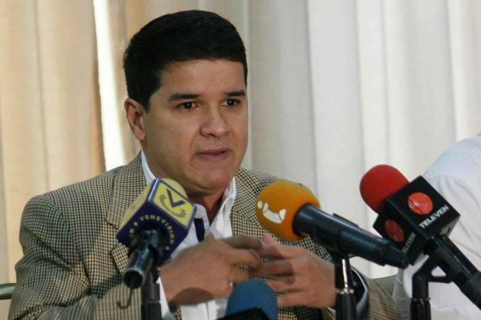 """Romero: 50 mil venezolanos quedarán sin empleo por """"cierre técnico"""" de Ford de Venezuela"""