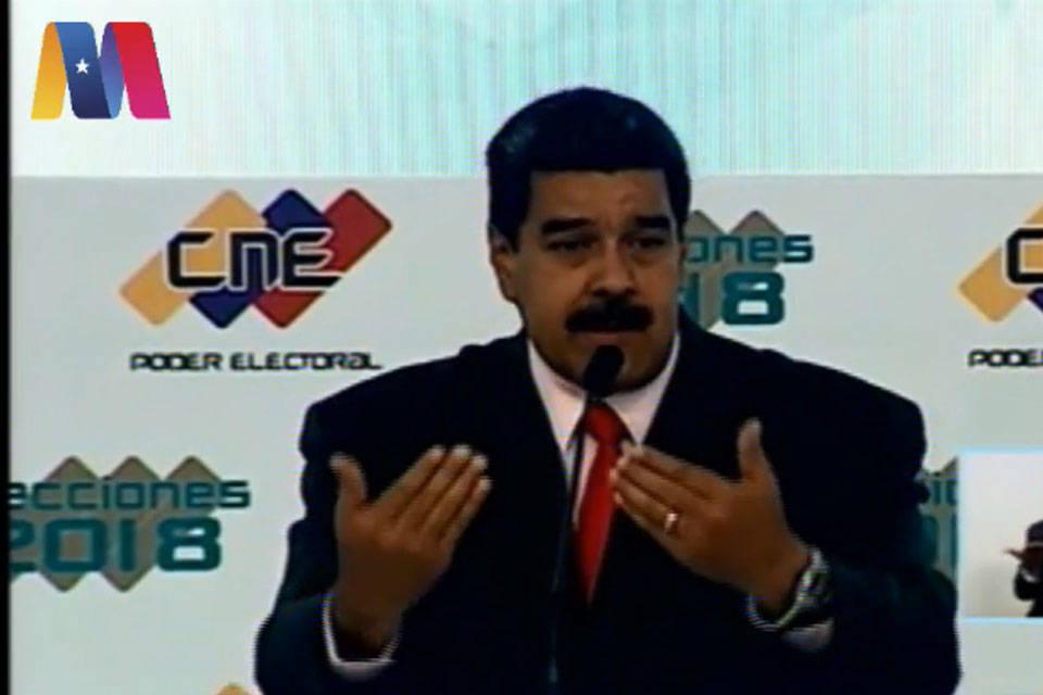 Maduro en el CNE