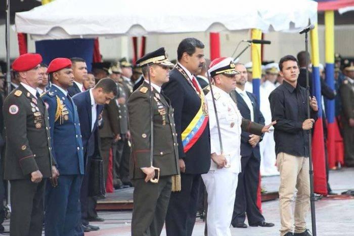 Maduro exige lealtad absoluta a los militares en Carabobo