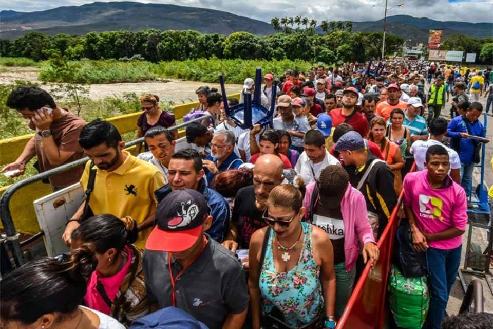 Atención a inmigrantes venezolanos requerirá 1.350 mdd en 2020, advierte la ONU