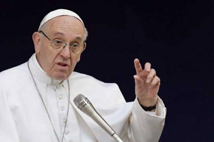 Papa Francisco reza por fallecidos en reyerta de la cárcel Fénix en Lara