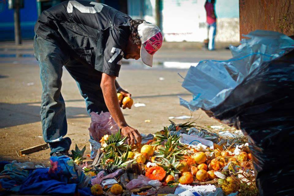 Venezuela Pobreza y mango. Foto: Noticia al día
