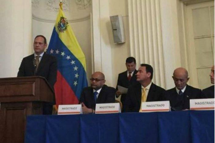 Magistrados del TSJ en el exilio ratifican solicitud de investigación contra Capriles
