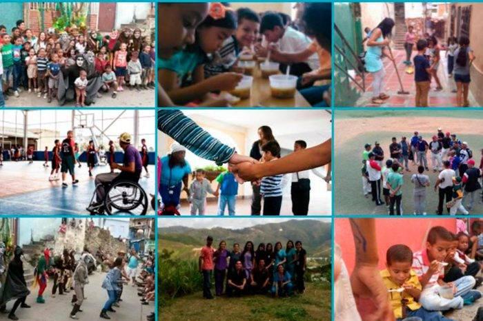 Trabajando con la comunidad. Foto: Mi Convive