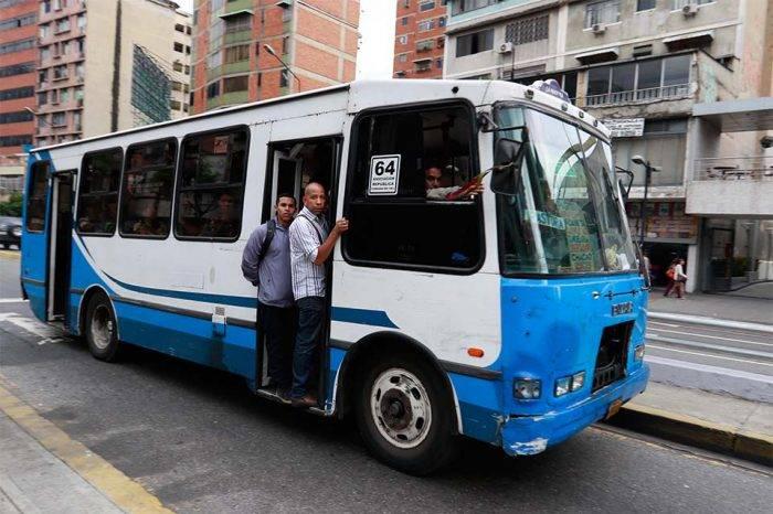 Transportistas creen necesario que tarifa del pasaje se vuelva a aumentar