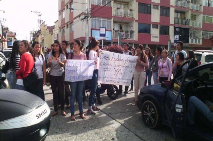 Estudiantes de la ULA protestaron por falta de insumos