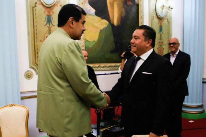 Bertucci exigió la liberación de presos políticos a Maduro