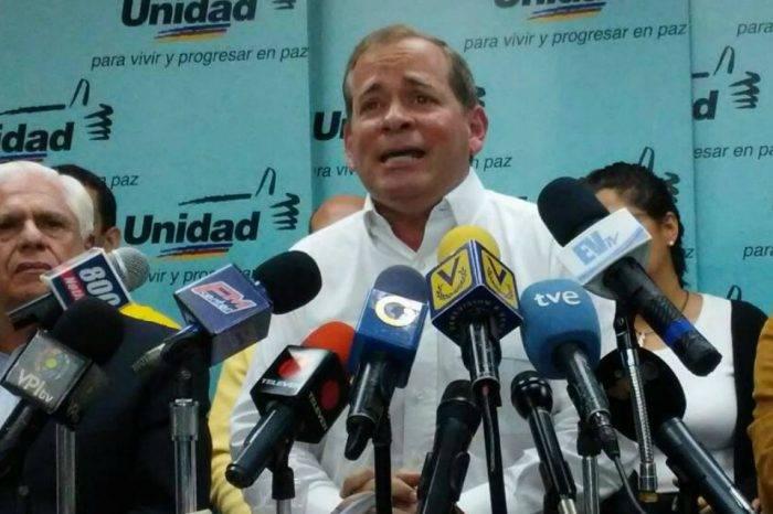 MUD acudirá a El Helicoide por motín de presos políticos