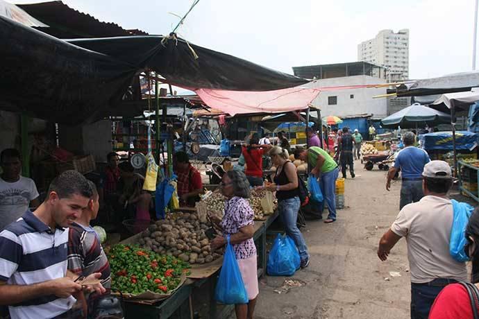 Inician intervención 'a puertas abiertas' en mercados municipales de Guarenas