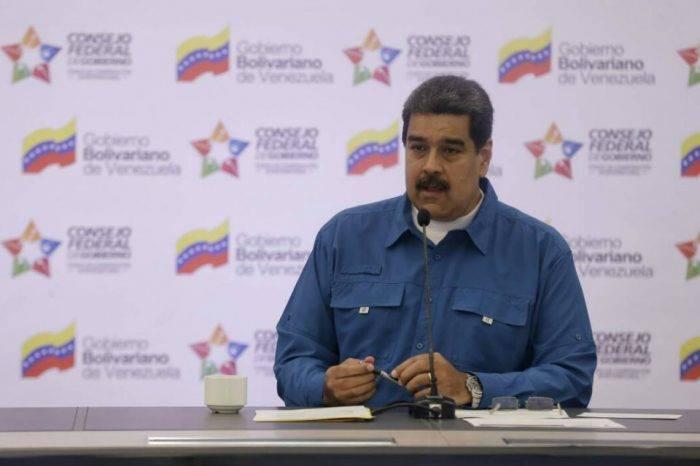 Maduro se compromete a seguir liberando presos políticos