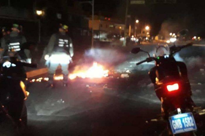 Protestas en Carabobo y Táchira por triunfo de Maduro dejaron heridos y detenidos