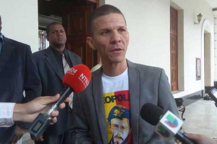 """Adriana Pichardo denuncia que la """"dictadura"""" detuvo nuevamente a Gilber Caro"""