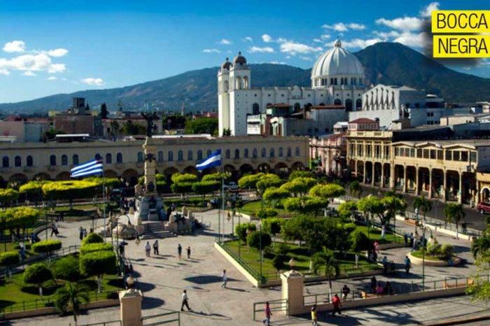Las razones del gobierno salvadoreño, por Simón Boccanegra
