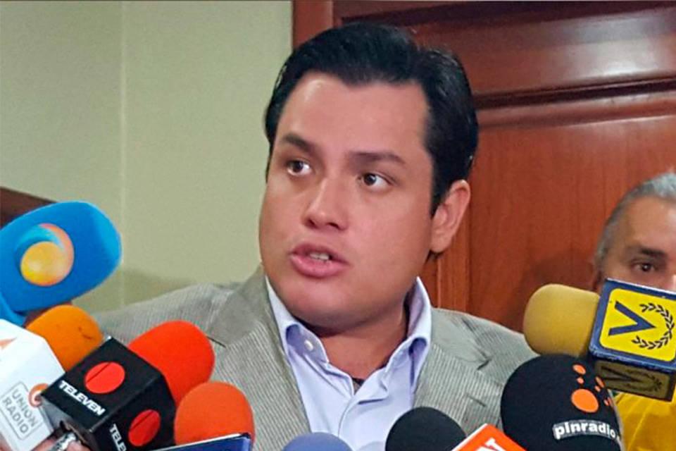 Carlos-Paparoni-Mercados-Municipales