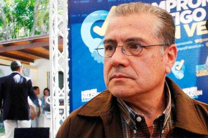 Daniel Santolo pide al ministro Piñate que busque soluciones en pro de los trabajadores