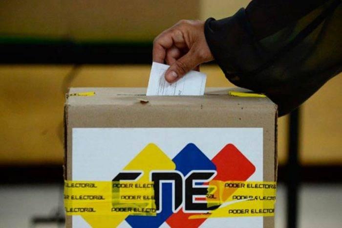 El CNE cercenó el derecho a elegir y ser elegido en municipales del 9D