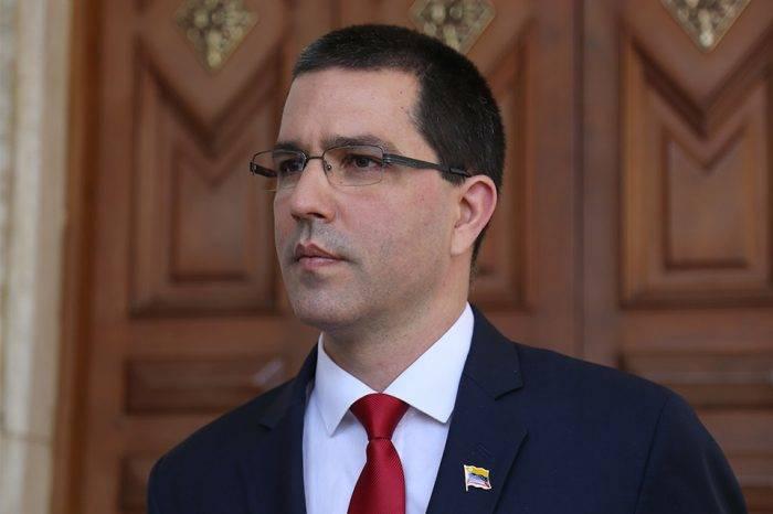 Arreaza dijo mentiras a costa de los niños que necesitan trasplante en Venezuela