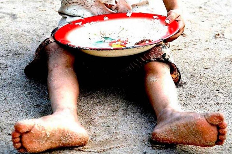 Niño indigente. Foto: El Carabobeño