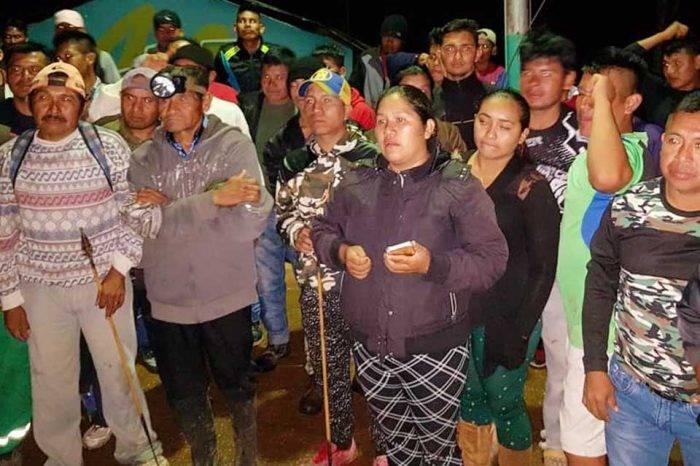 Con arcos y flechas, pemones tomaron Casa Presidencial en Santa Elena en defensa de minas