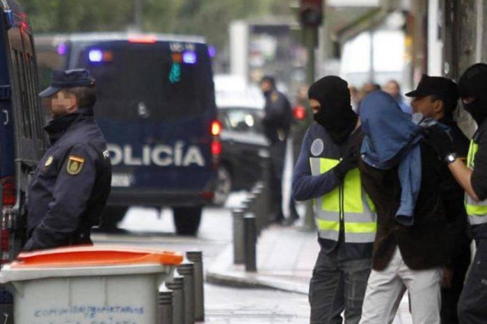 Desmantelan red de prostitución en España que explotaba a mujeres de Venezuela y Colombia
