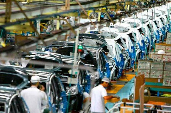 Sector automotor cayó un 44% durante 2017