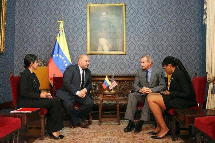 Entregan nota de protesta a nuevo encargado de negocios de EEUU en Venezuela