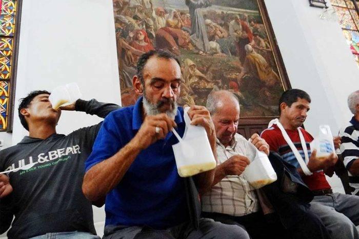 """Venezolanos y cubanos son víctimas del hambre """"revolucionaria"""""""