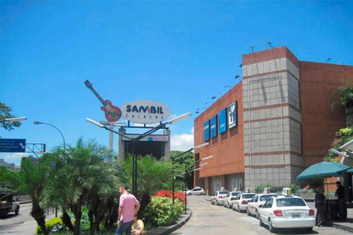 Grupo Sambil se declara de luto y no trabajará este lunes