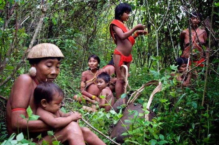 El sarampión amenaza con extinguir a los indígenas que hacen vida en el Amazonas