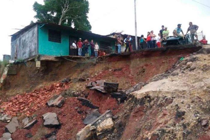 Lluvias generan el hundimiento de la carretera Rubio-San Cristóbal en el estado Táchira