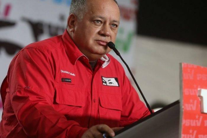 """A Diosdado no le gusta que los medios no repitan la versión oficial del """"atentado"""""""