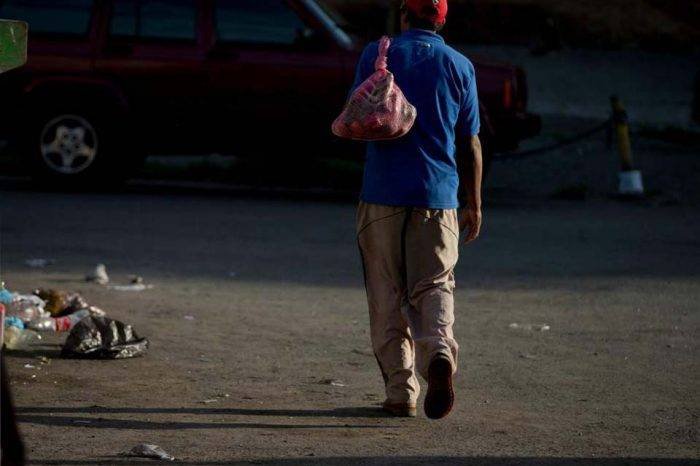 La plusvalía económica de la sumisión, por Tony Rivera Chávez