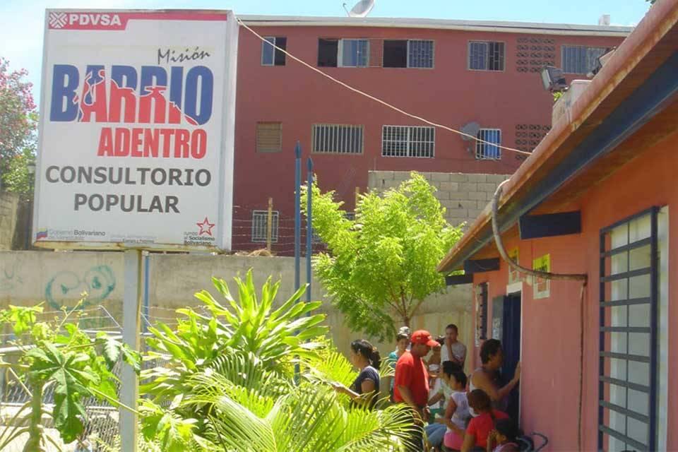 Aniversario de Barrio Adentro se vive entre precariedades y el abandono