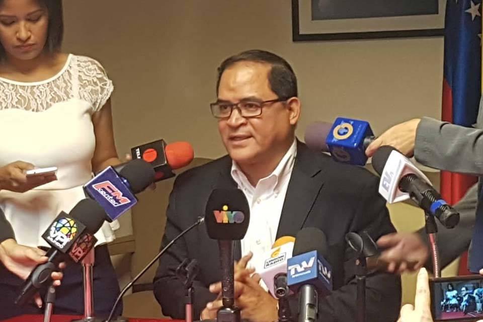 Carlos Valero Diputado UNT