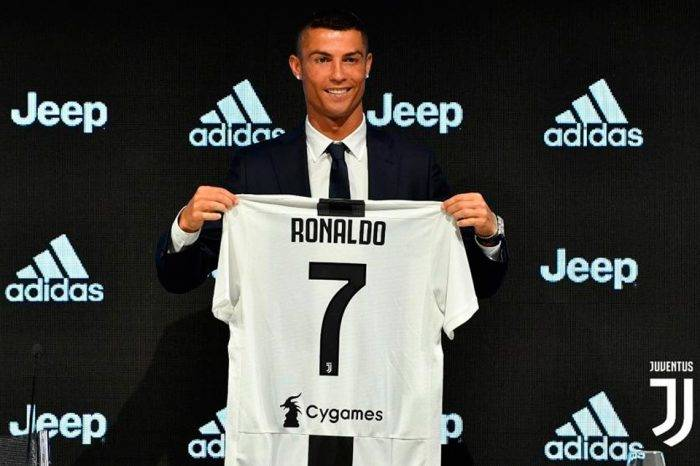 Cristiano Ronaldo completa su traspaso a la Juventus