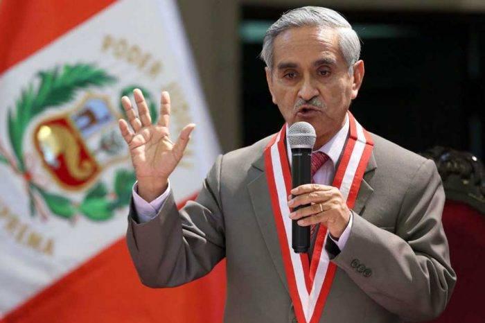 Renuncia presidente de la Corte Suprema de Perú por escándalo de corrupción