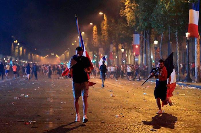 Celebración mundialista en Francia termina con saqueos, disturbios y un muerto