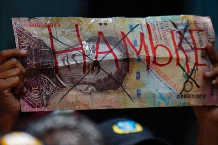 """Advierten que precios subirán entre 6 y 10 veces tras """"paquetazo rojo"""" de Maduro"""