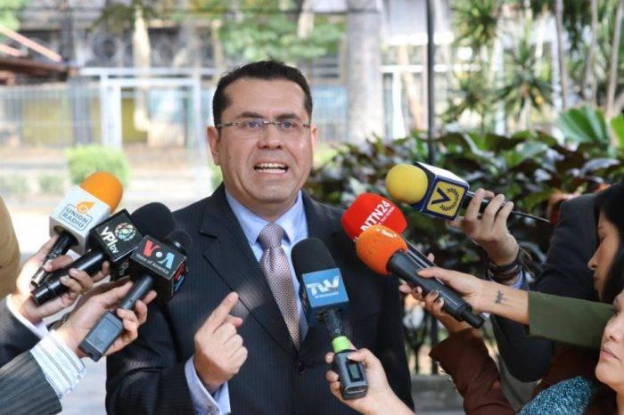 Secretario de la AN planteó a Chile la repatriación de capitales a Venezuela