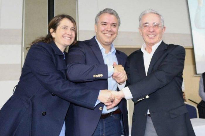 Iván Duque manifestó respaldo para Álvaro Uribe por investigación en su contra