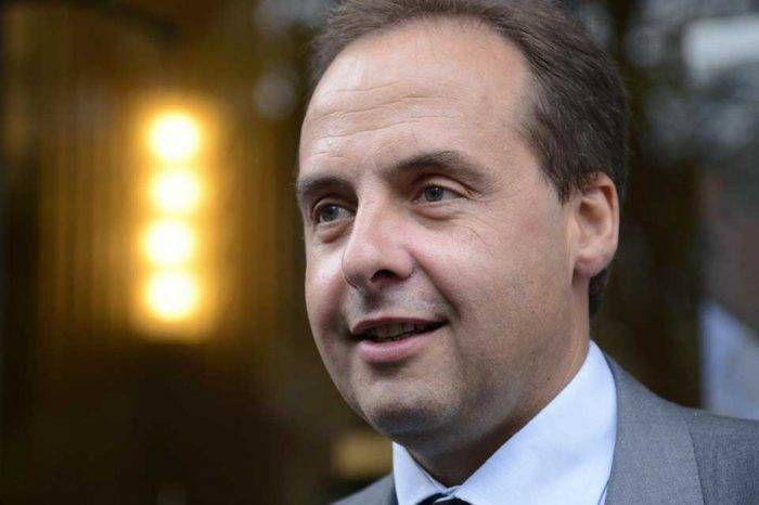 Parlamentario francés denunciará a Maduro por supuesta incitación al odio racial