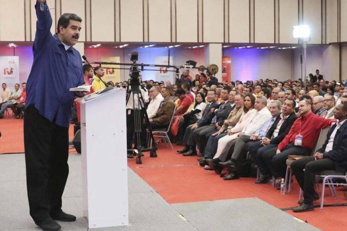 Maduro reconoce fracaso del modelo productivo y deja entrever posibles cambios