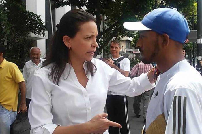 """Machado asegura que Nicolás Maduro """"no se atreve a poner un pie"""" en el Metro de Caracas"""