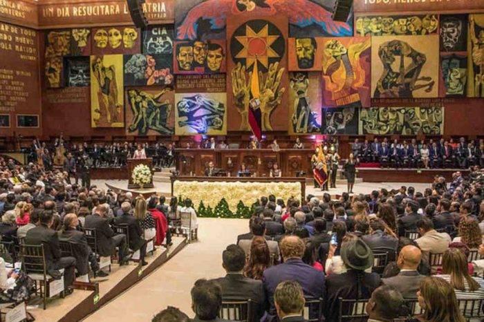 """Parlamento ecuatoriano pide calificar situación de Venezuela como """"crisis humanitaria"""""""