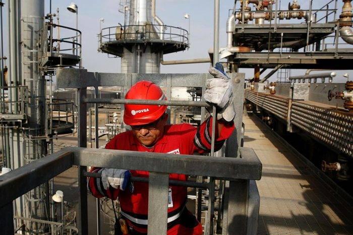 OPEP: producción de crudo venezolana cayó otros 62.000 barriles diarios en julio