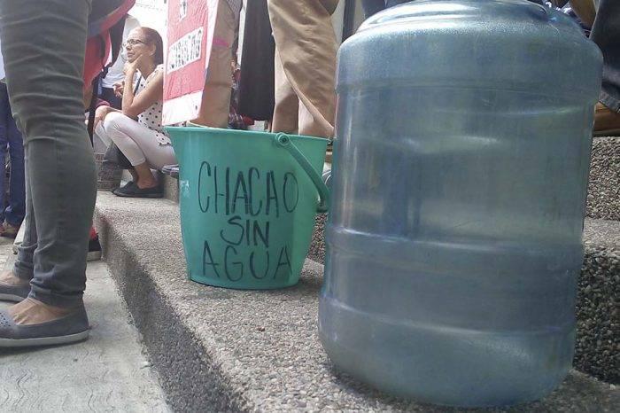 En Chacao llevan cuatro años castigados con las tuberías secas (III)