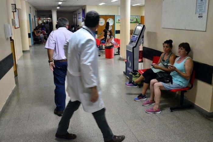En Argentina buscan médicos venezolanos para cubrir vacantes en las provincias