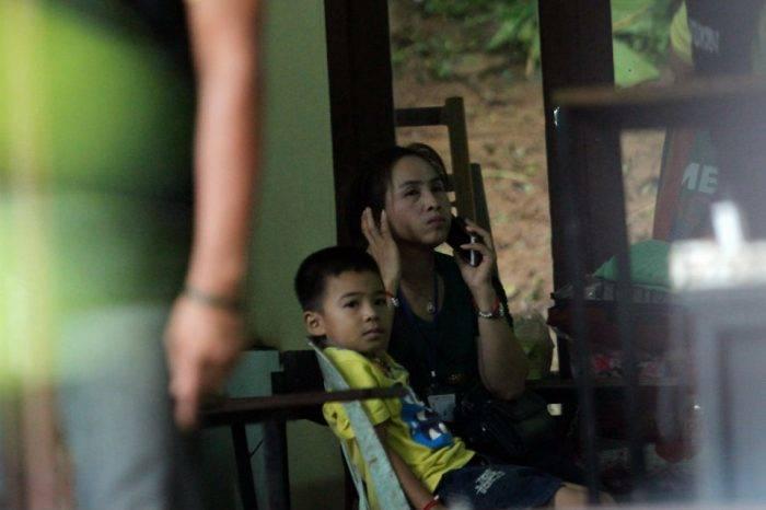 Comienza rescate de niños atrapados en cueva de Tailandia