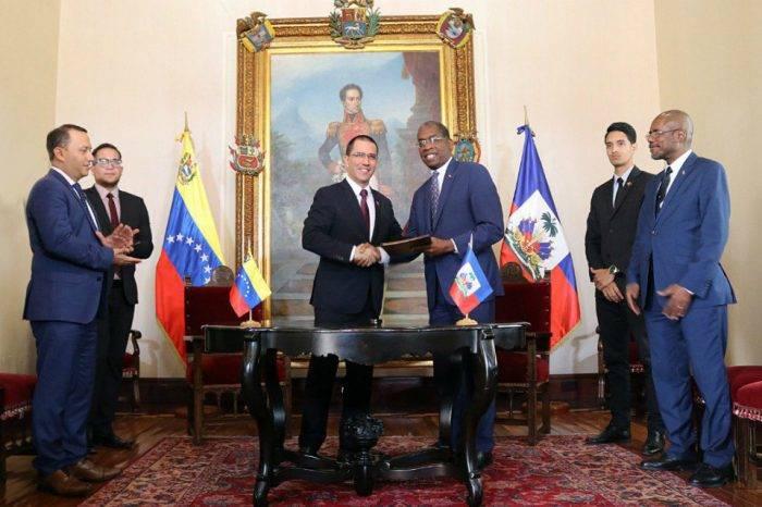Venezuela financiará proyectos sociales, energéticos y de agricultura en Haití